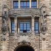 Berliner Türen - Eingang des Rathaus Charlottenburg (Ausschnitt)