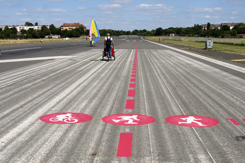 Radfahren auf dem Tempelhofer Feld