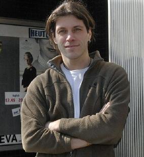 Karlheinz Opitz, Chef der Eva-Lichtspiele