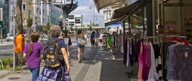 Einkaufen in der Steglitzer Schloßstraße