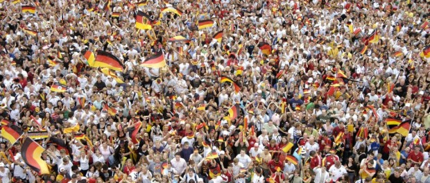 Public viewing auf der Fanmeile in Berlin - © ArGe Fanfest Berlin