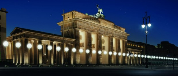 LICHTGRENZE_Brandenburger_Tor - Kulturprojekte Berlin WHITEvoid Christopher Bauder - Foto Daniel_Bueche