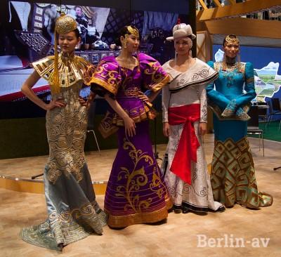 Mongolische Models auf der ITB 2015
