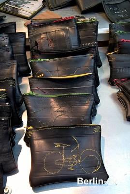 """Geldbörsen aus recycelten Fahrradschläuchen von Alina Kiowsky """"Zwille"""""""