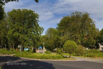 radtour durch Berlin - Am Breitenbachplatz in Dahlem