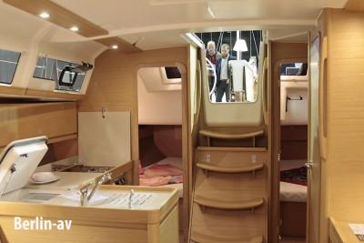 Innenraumausschnitt Dufour Grand large 382 auf der Boot und Fun 2016