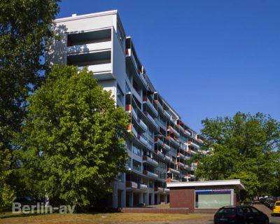 Zeilenbau von Walter Gropius - Hansaviertel Berlin