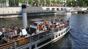 Dampfer auf der Spree in Berlin - Discover Berlin by ship