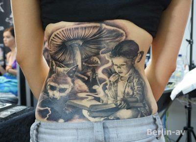 Wunderschönes Rückentattoo von Mirel Tattoo