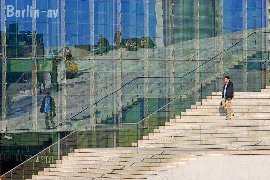 Spiegelungen, fotografiert in Berlin