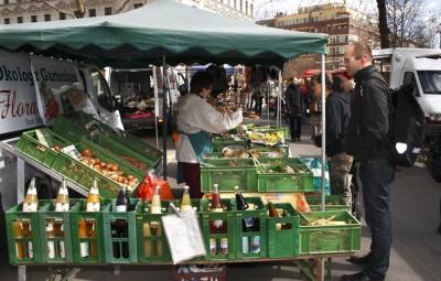 Biomarkt auf dem Kollwitzplatz