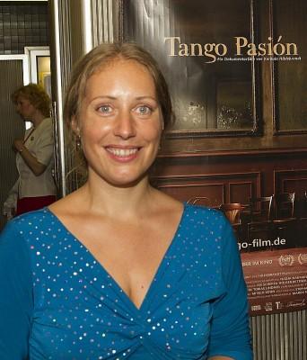 """Regisseurin Kordula Hildebrandt bei der Premiere ihres Filmes """"Tango Pasión"""" in den Eva-Lichtspielen"""