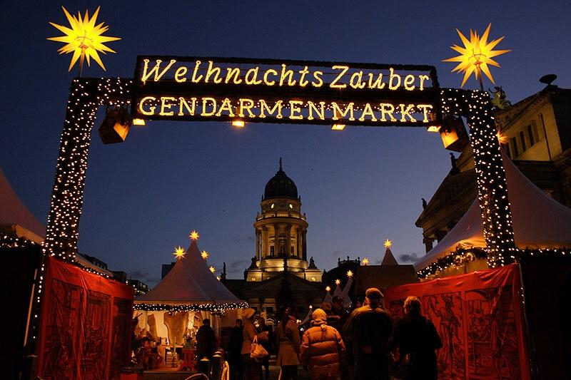 Weihnachtsmarkt auf dem Berliner Gendarmenmarkt