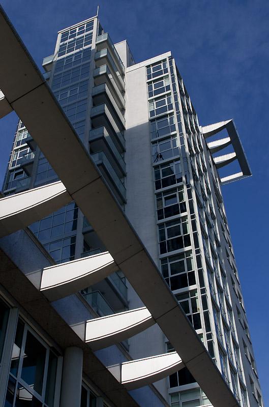 Architektur in Berlin - Detail Twin Towers an der Spree