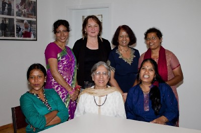 Die Damen vom indischen Frauenverein