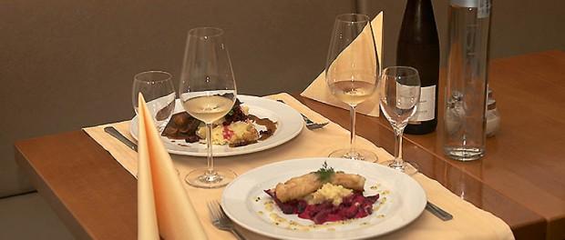 Gedeckter Tisch im norwegischen restaurant