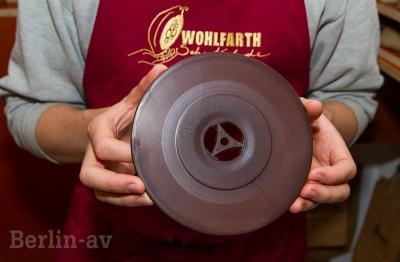 Schallplatte aus Schokolade von Wohlfarth. Natürlich mehrfach abspielbar.