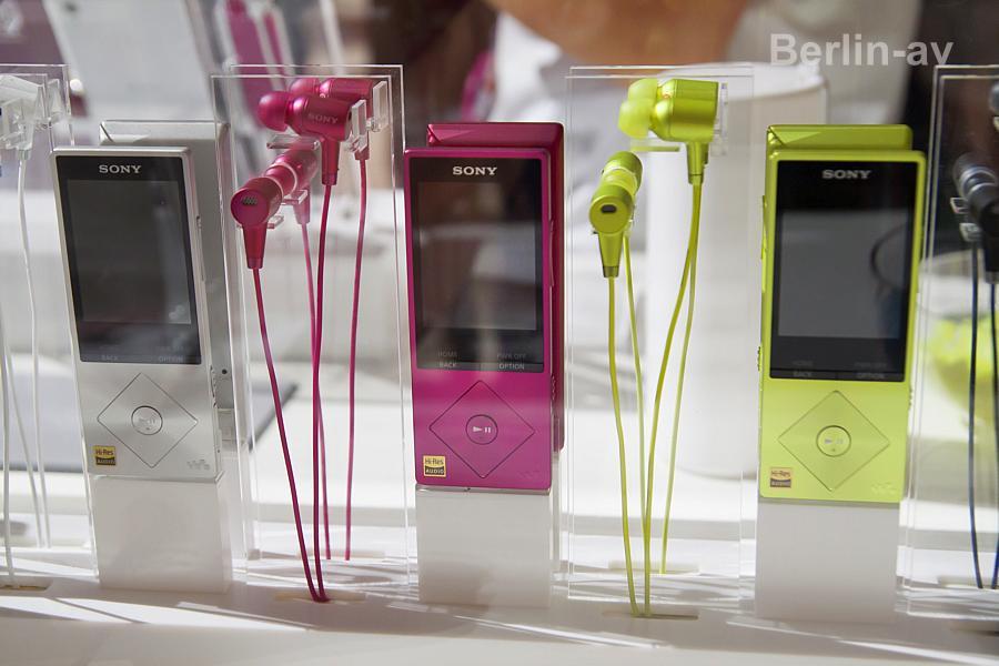 """""""h.ear"""" - Neue Ohrhörer und Walkman von Sony"""