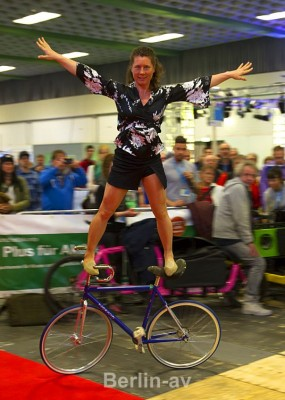 Velo Berlin 2016 - Kunstradfahrerin Ines Brunn
