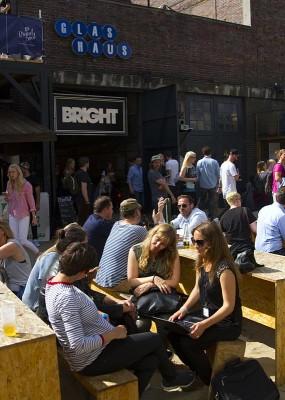 Bright Tradeshow mit Aussenbereich an der Spree