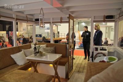 """Hausboot von """"Rollyboot"""" aus Brandenburg auf der Boot und Fun 2016"""