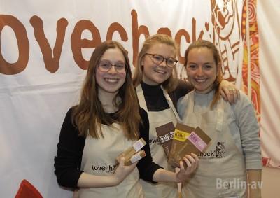 """Drei Danmen von """"lovechock"""" auf der Veggieworld 2016"""