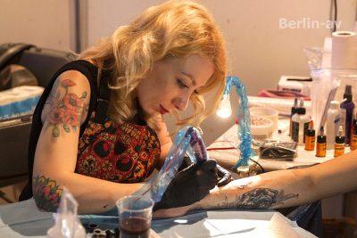 Helga Hagen aus St. Petersburg auf den Lady Ink Days in Berlin