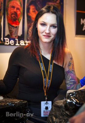 Anastasia Vilks aus Minsk auf den Lady Ink Days in Berlin