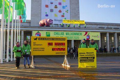 Greenpeace demonstriert vor der Grünen Woche 2020